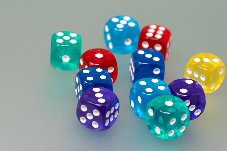 Teaching hypothesis testing with a biased dice