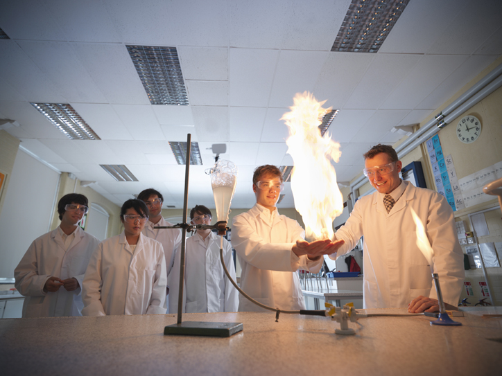 Chemistry practical experiment in the classroom